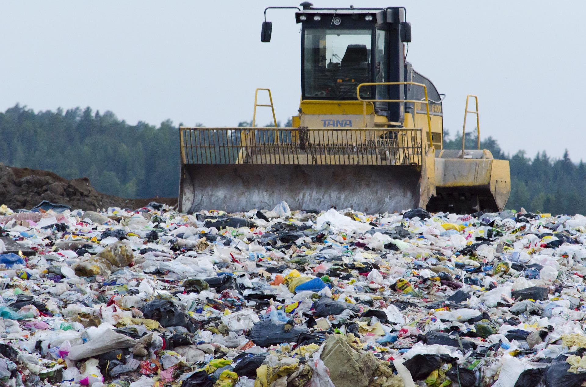 landfill-879437_1920 (1)